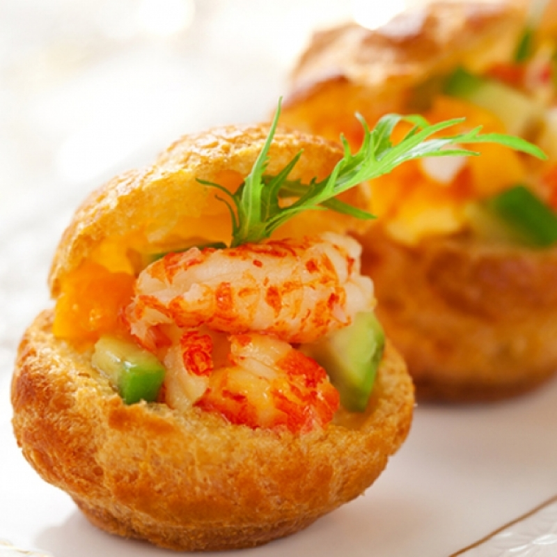 Prawns with avocado canape recipe for Canape fillings indian
