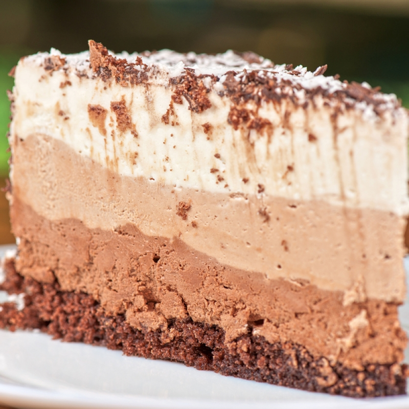 Ice Cream Cake Recipes Pictures : Layered Ice Cream Cake Recipe